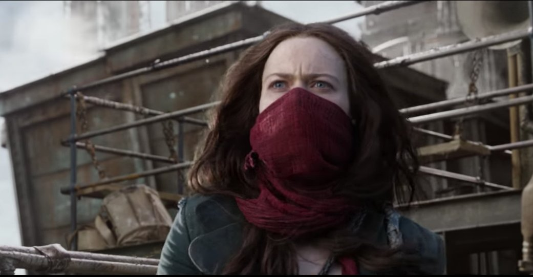 Like Robot Wars, only with cities. Watch London gobble up a town in the first trailer for Mortal Engines. https://t.co/6sEPMmg1Uc