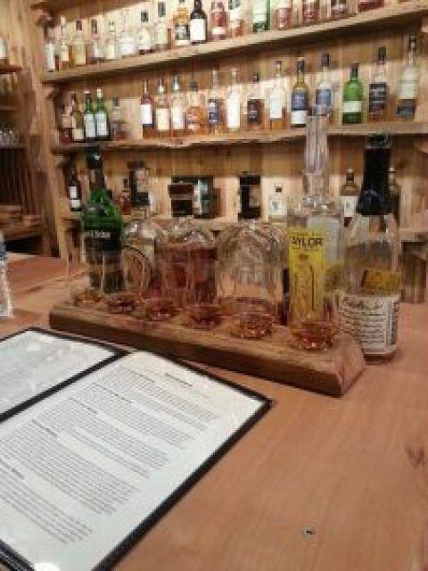 Riverwood Winery Wine and Whiskey Tasting 2017  http:// bit.ly/2BuxbnP  &nbsp;   #wine #wineoclock #winelover <br>http://pic.twitter.com/t6fXrwAphL