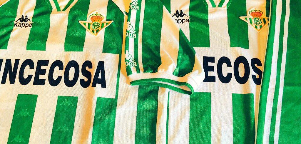 ac2c6a4b3 Classic Football Shirts on Twitter