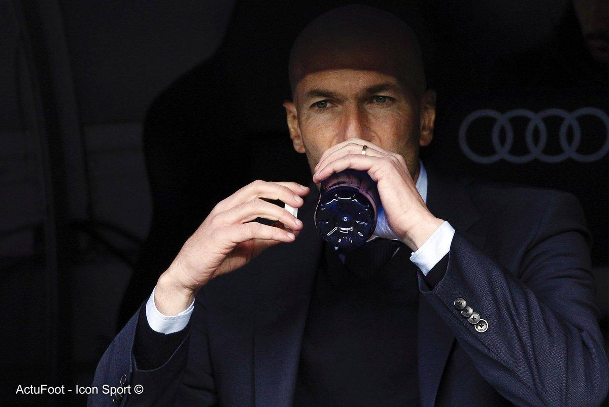 En moins de deux ans, Zinedine Zidane (8🏆) est devenu le 2e entraîneur le plus titré de l'histoire du Real Madrid.