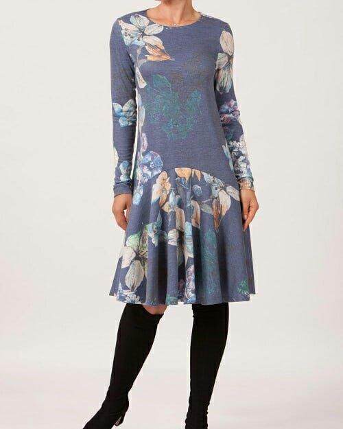 c423948f867a ... šaty. https   www.fashionstylecz.eu  saty  damskesaty  elegantni   originalni  pohodlne  puvabne  spolecenskesaty  FashionStyle pic.twitter.com o0R6DwQaOu