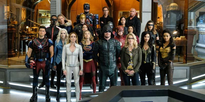Crisis on Earth X – The CW Crossover Eve...