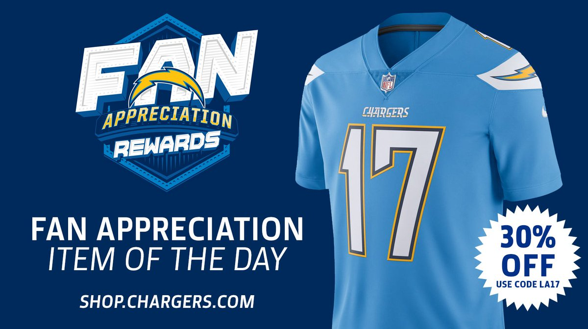 huge selection of 01d14 02b94 Los Angeles Chargers on Twitter:
