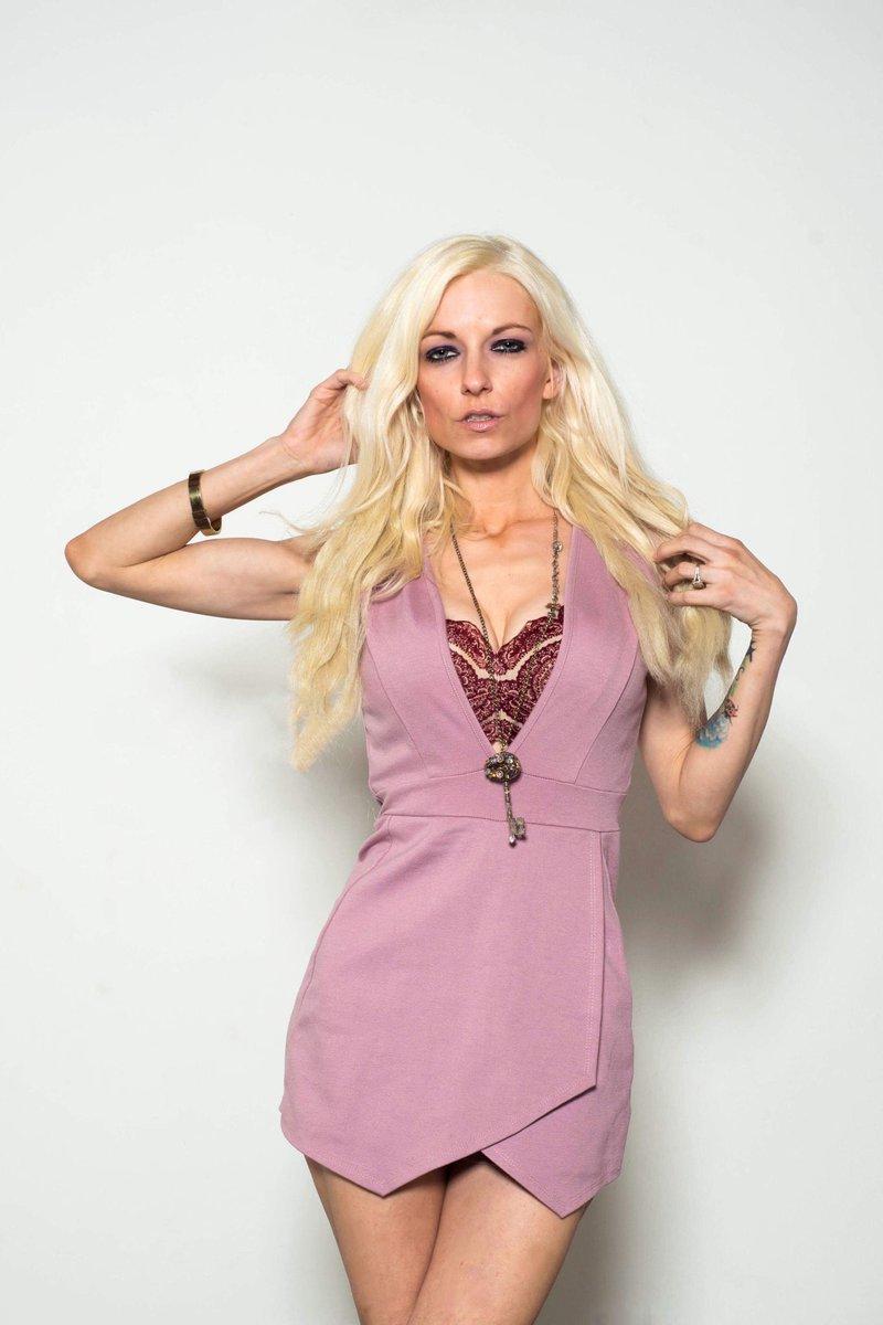 Danielle Trixie nude 953