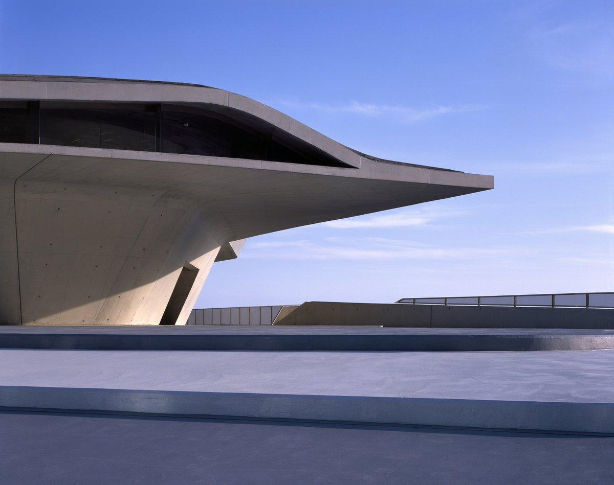Saha Hadid Riverside Museum By Zaha Hadid Architects Glasgow Uk  # Muebles De Zaha Hadid