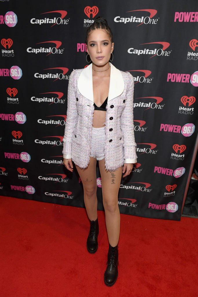 Halsey makes this short set her own at Power 96.1's Jingle Ball 2017 https://t.co/Pvl548od7F