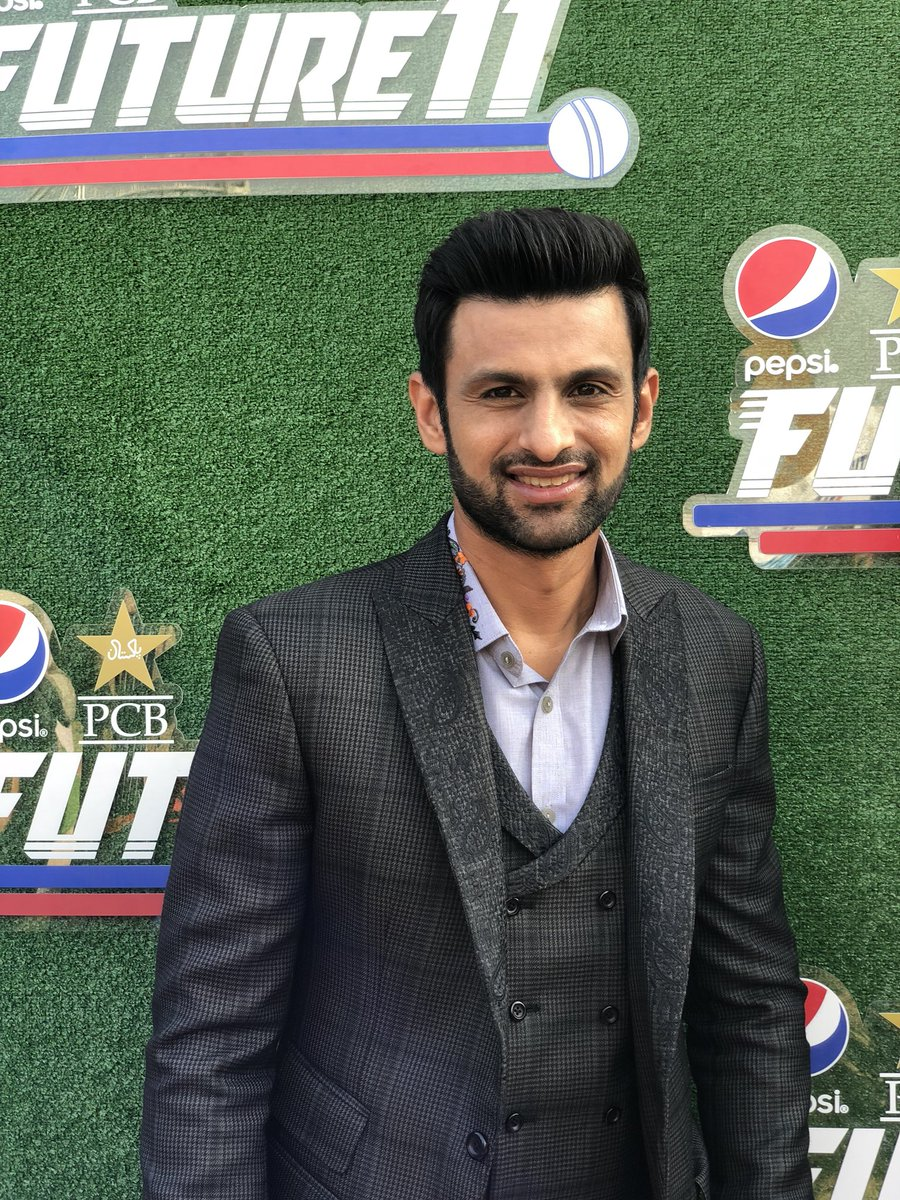 DRZwtK8VAAA739s - 5 Pakistani Cricketers Who Could Walk Into Any IPL Side