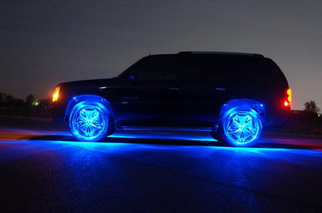 светящиеся картинки на колеса автомобиля коты-воители используют маковые