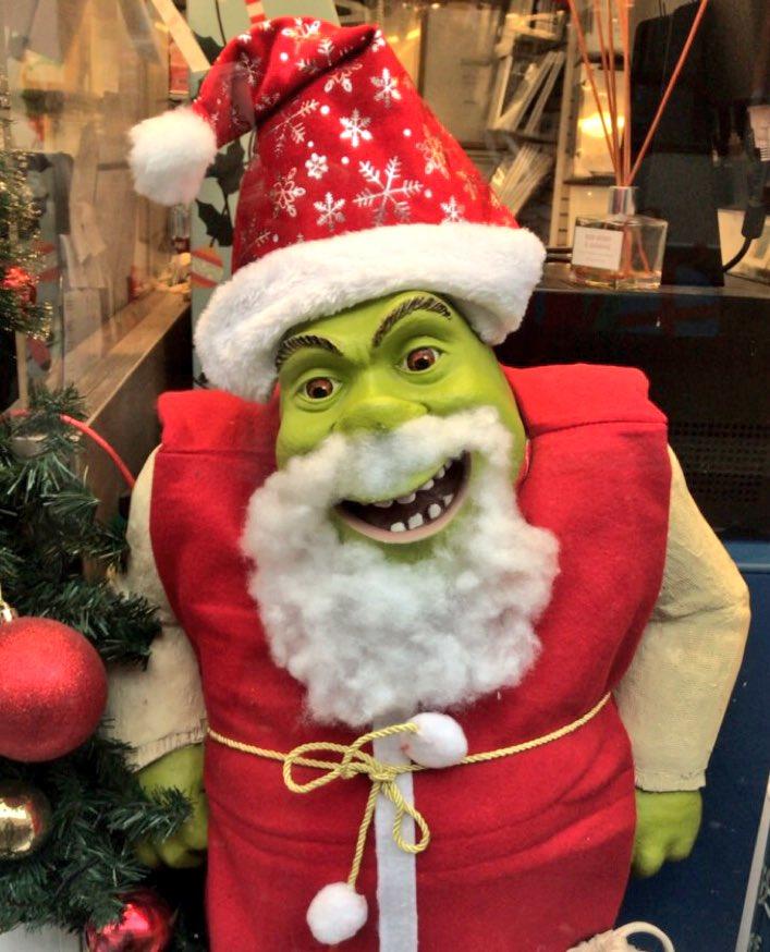 Shrek Christmas.Lucy James On Twitter Shrek The Halls