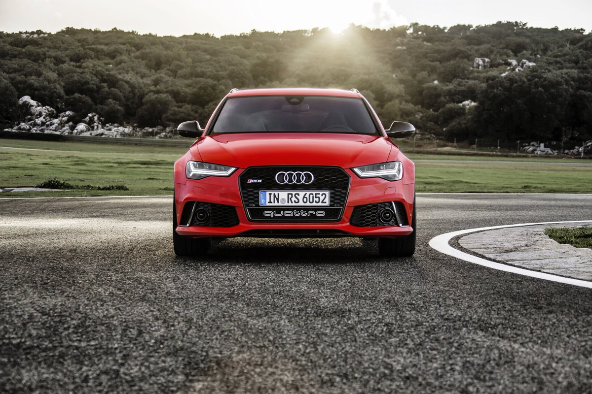 Yep, that's what we predict a demonstration in the right light. #AudiRS6 https://t.co/UgwlpJxOBB
