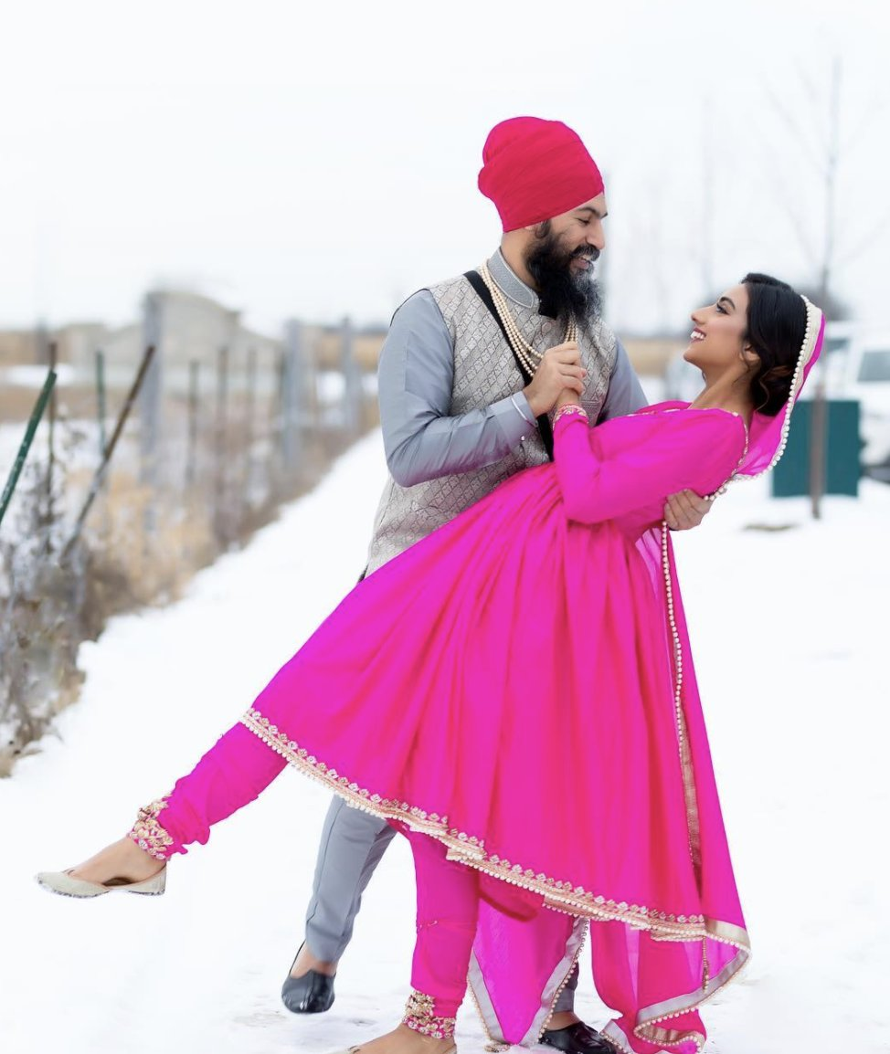 Breakfast Television Toronto On Twitter Ndp Leader Jagmeet Singh S Personal Life Is No Longer Under Wraps A Series Of Instagram Photos Posted Over The Weekend Show Singh And Fashion Designer Gurkiran Kaur