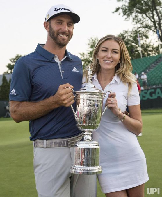 Happy birthday to Paulina Gretzky, the real trophy in this picture