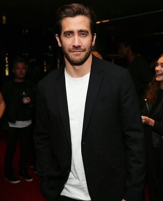 Jake Gyllenhaal you gorgeous man, happy birthday
