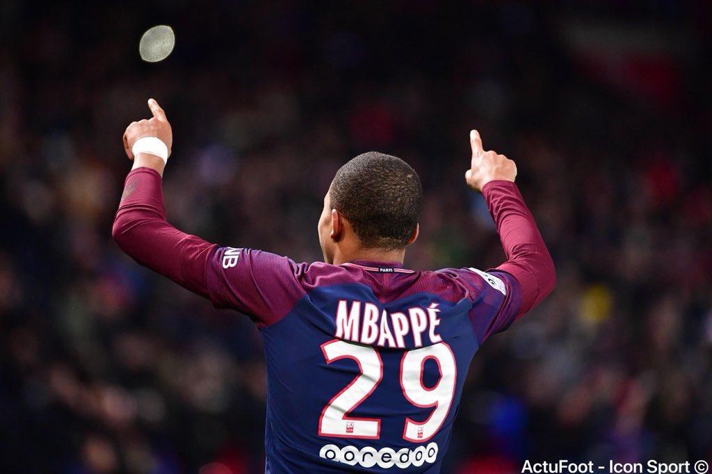 Joyeux anniversaire à Kylian Mbappé qui fête aujourd'hui ses 19 ans. 🎂