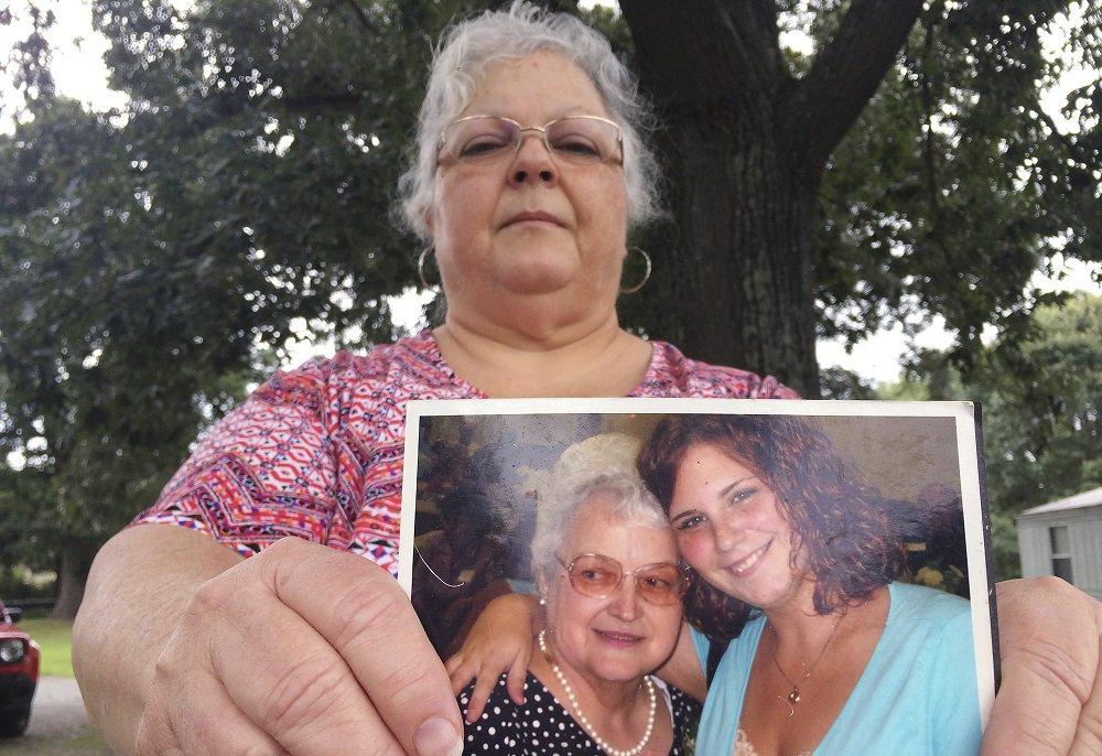 Mom of #Charlottesville victim Heather Heyer to speak at street dedication Wednesday: https://t.co/xueoLs6JPB