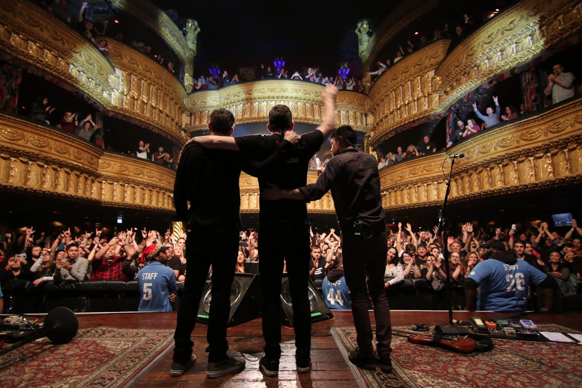 Thanks all for coming out to the House of Blues this weekend. It was a great way to end the tour. . . . . . @HOBChicago