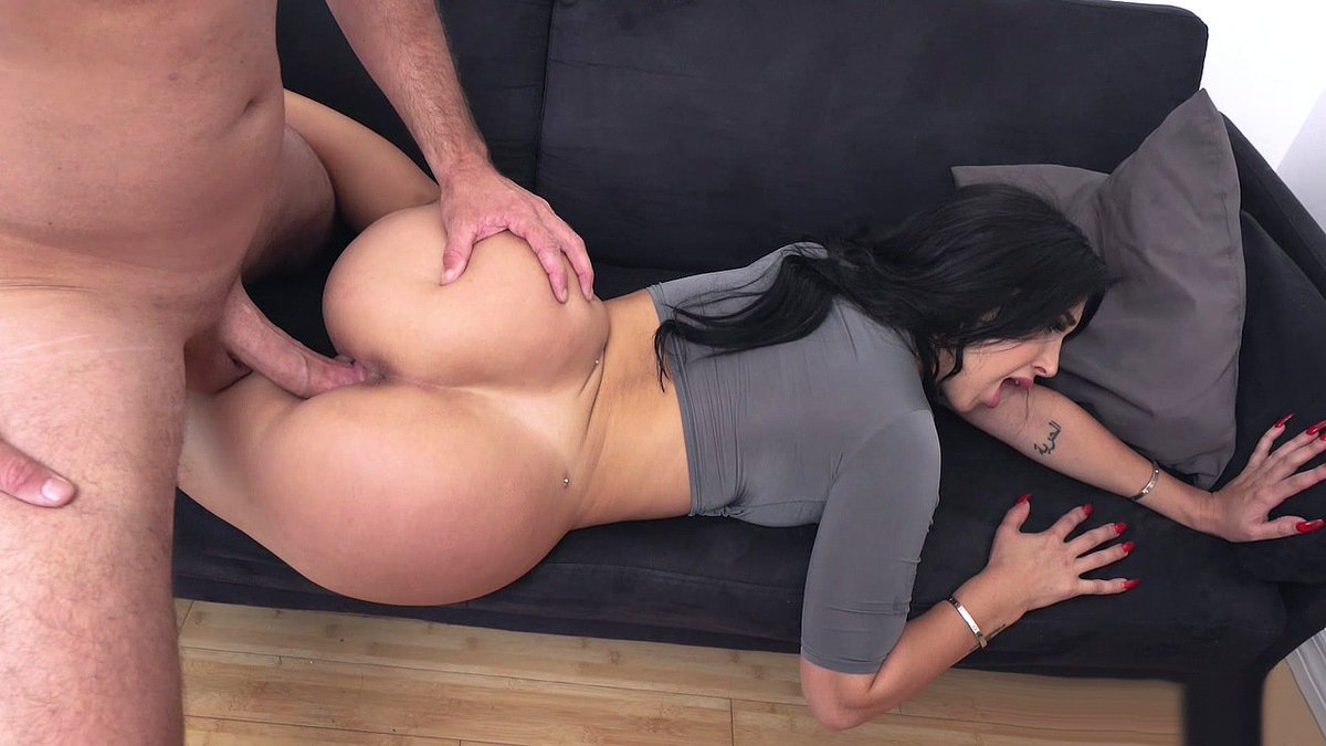 Krissy lynn likes her massages deep and hard 9