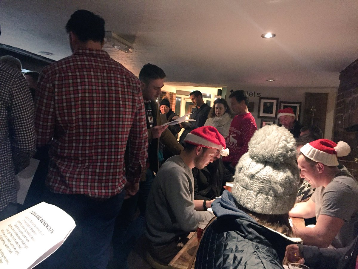 Carols and beer with @BSERugby https://t.co/UrqCR7mFzY