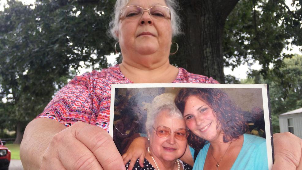 #Charlottesville dedicates street to car attack victim Heather Heyer: https://t.co/Xlq79Ng1Ns