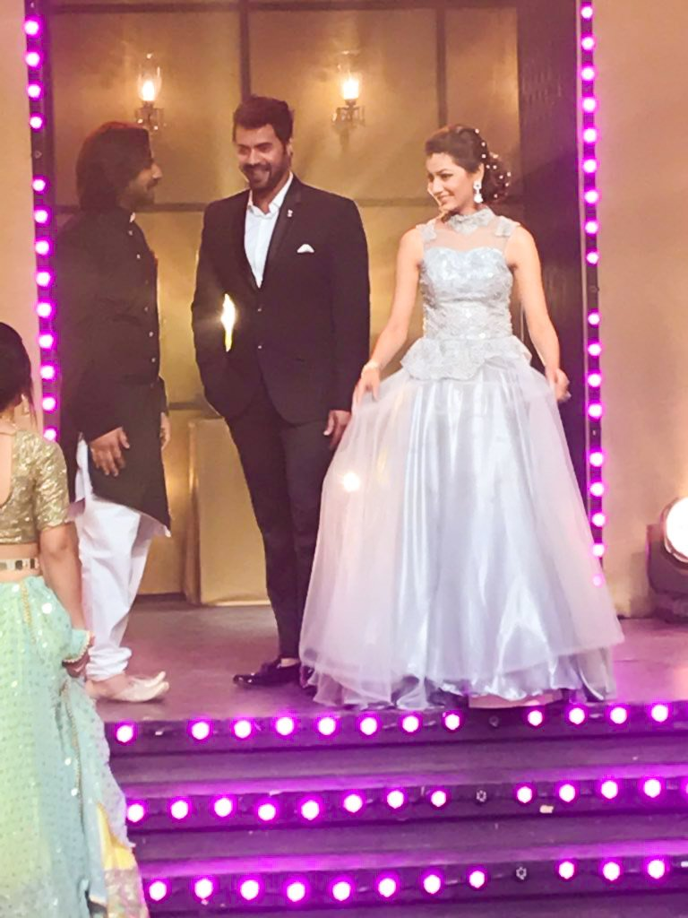sriti jha, shabir ahluwalia,pragya, adbhi, 1000,episodes,kumkum Bhagya, zee tv, image, pic, photo, latest, pictures
