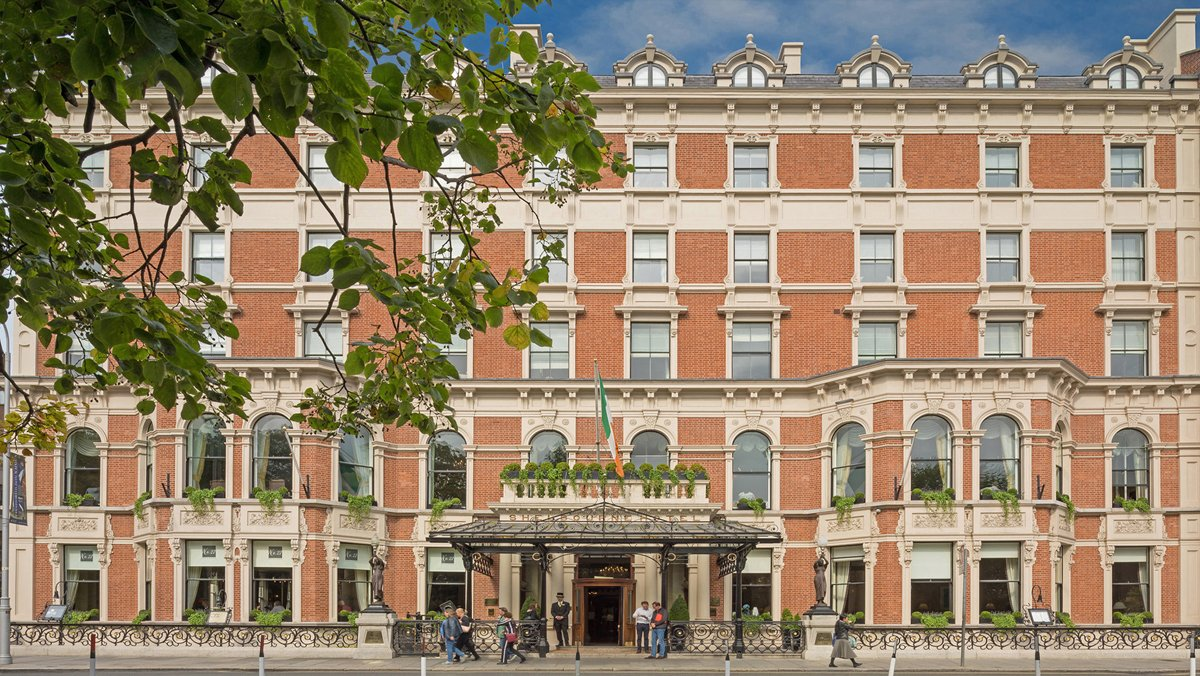 Stunning Renaissance For #Dublin 's Iconic Shelbourne Hotel: https://t.co/roqcCJCtMT https://t.co/yyCjeraeTc