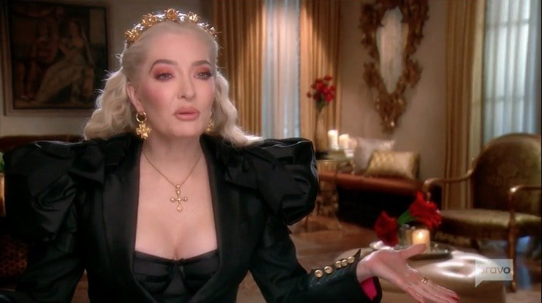 Two theories: 1) Erika's gay stylists HATE her. 2) Lisa Vanderpump has Erika's stylists on her payroll (well played). #RHOBH
