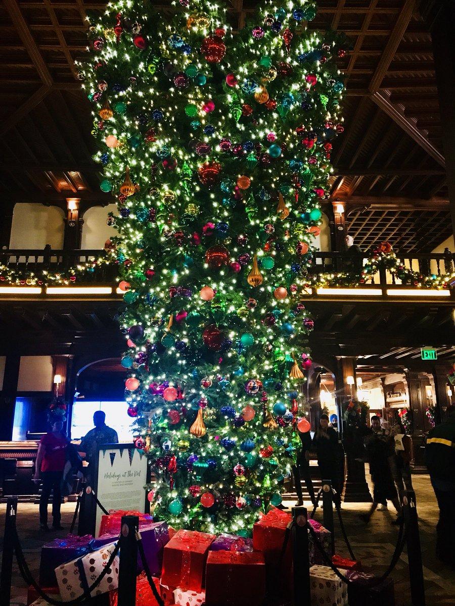 Upside Down Christmas Tree Origin.Raoulfox5 On Twitter Delcoronado S Beautiful Christmas