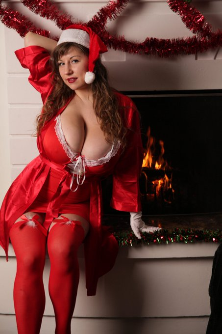 1 pic. New Christmas photoset on my website samantalily.eu https://t.co/jsLXBKGXMQ