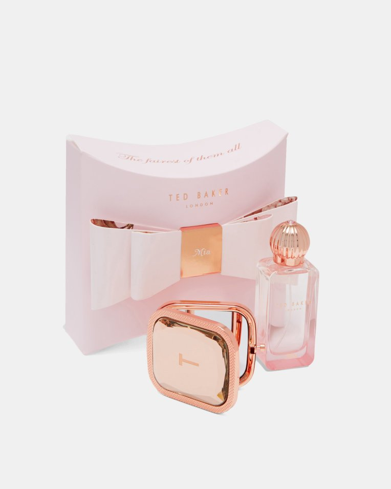 f08d0c2b899e54  Win a Mia fragrance and mirror set from Ted Baker.  RT    Follow   ted baker    GLCardGlos to enter  http   ow.ly lbZt30gUZQ0 Ends 4 1.