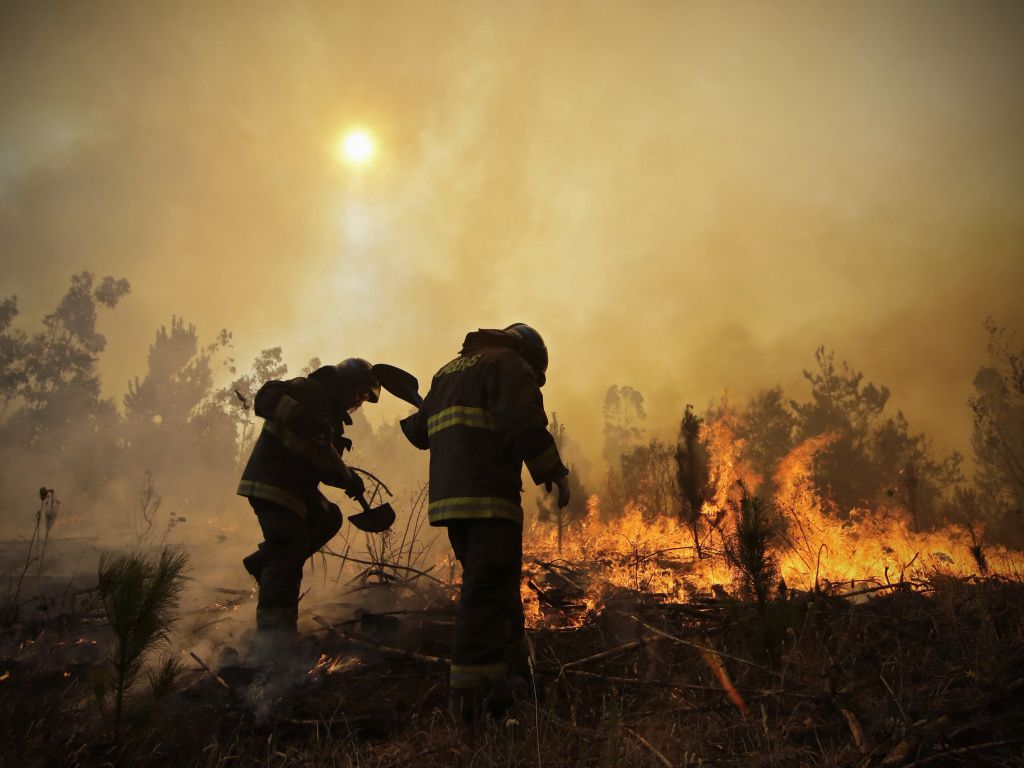 What does 'containing a fire' really mean? #CaliforniaWildfires https://t.co/8AFZQoV5Yw