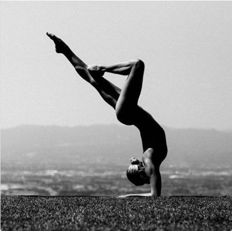 Nude yoga nude swimming | Adult fotos)