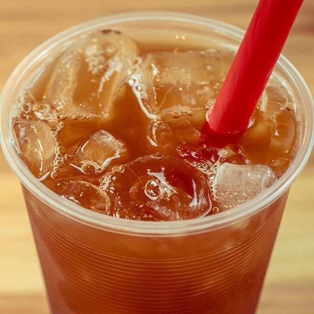 #refreshing Passion Fruit Black Iced Tea from Bubble Tea Supply @bubbleteasupply - #imenehunes #food #bubbletea #bobatea #drinks #tapioca #bubbleteasupply #hawaiisbestkitchens #lovebubbletea #tealover