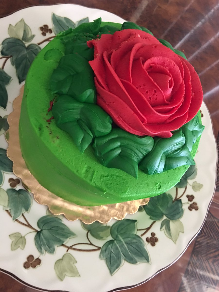 Leonard Kim On Twitter My Mom Just Bought Me A Birthday Cake With