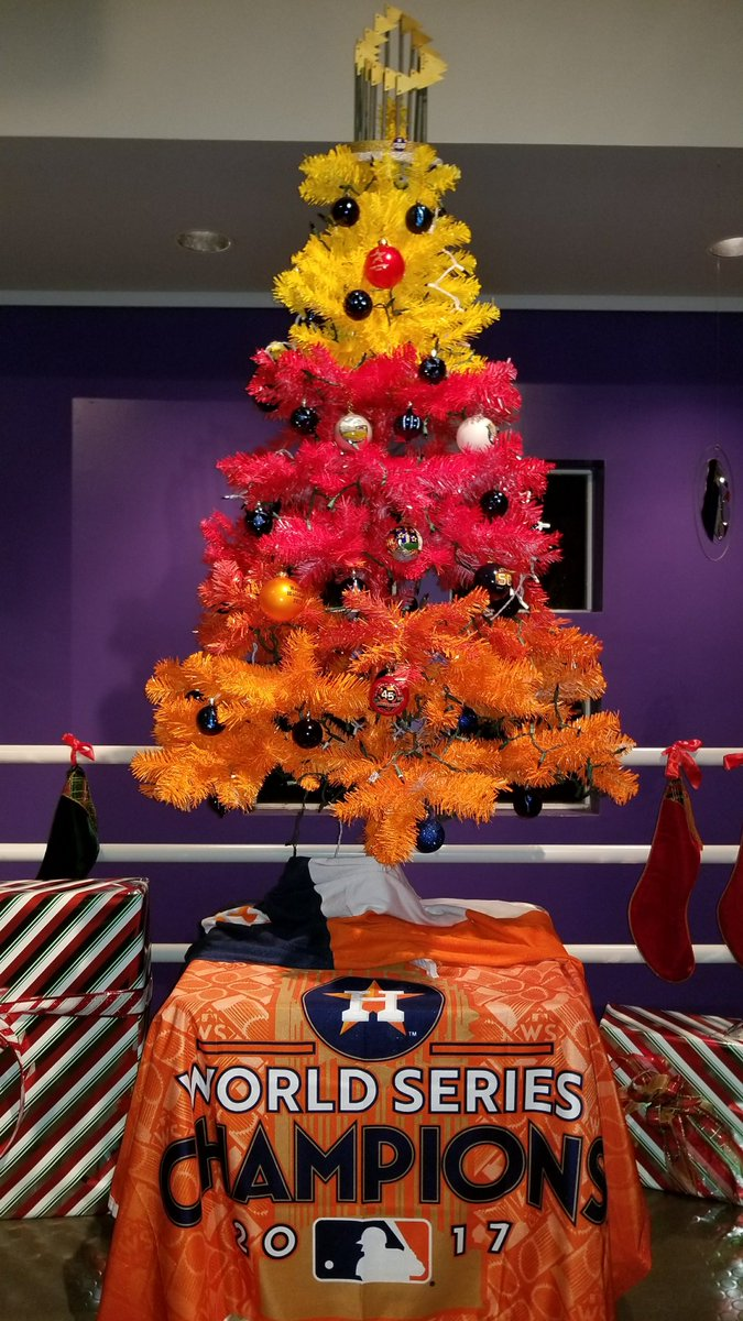 leo vasquez on twitter bringing together our joyfulness from the astros season and of the christmas season our world champion houston astros christmas