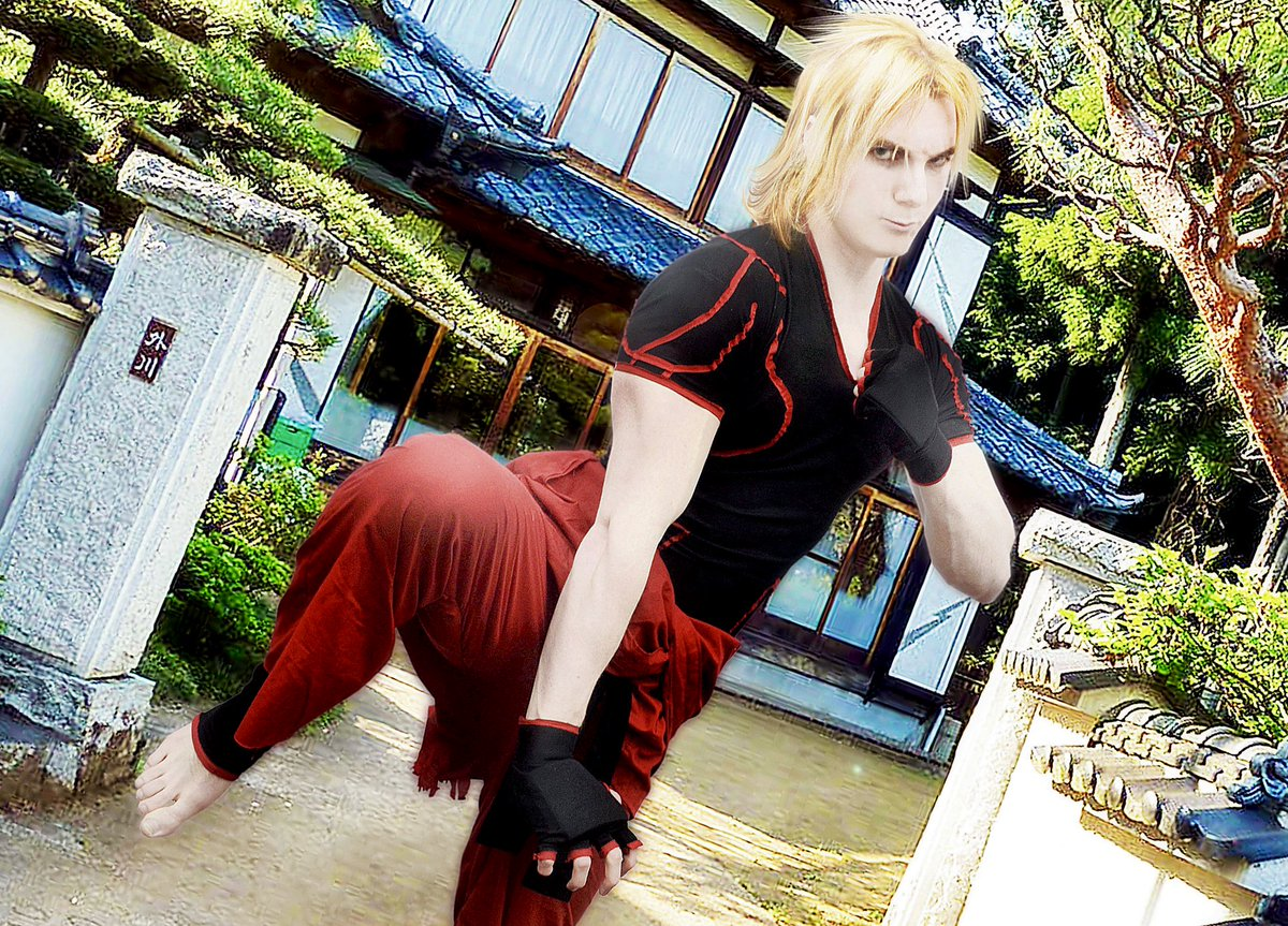 Galactic Reptile On Twitter Show Me A Real Attack Cosplay Cosplayer Streetfighter Streetfighterv