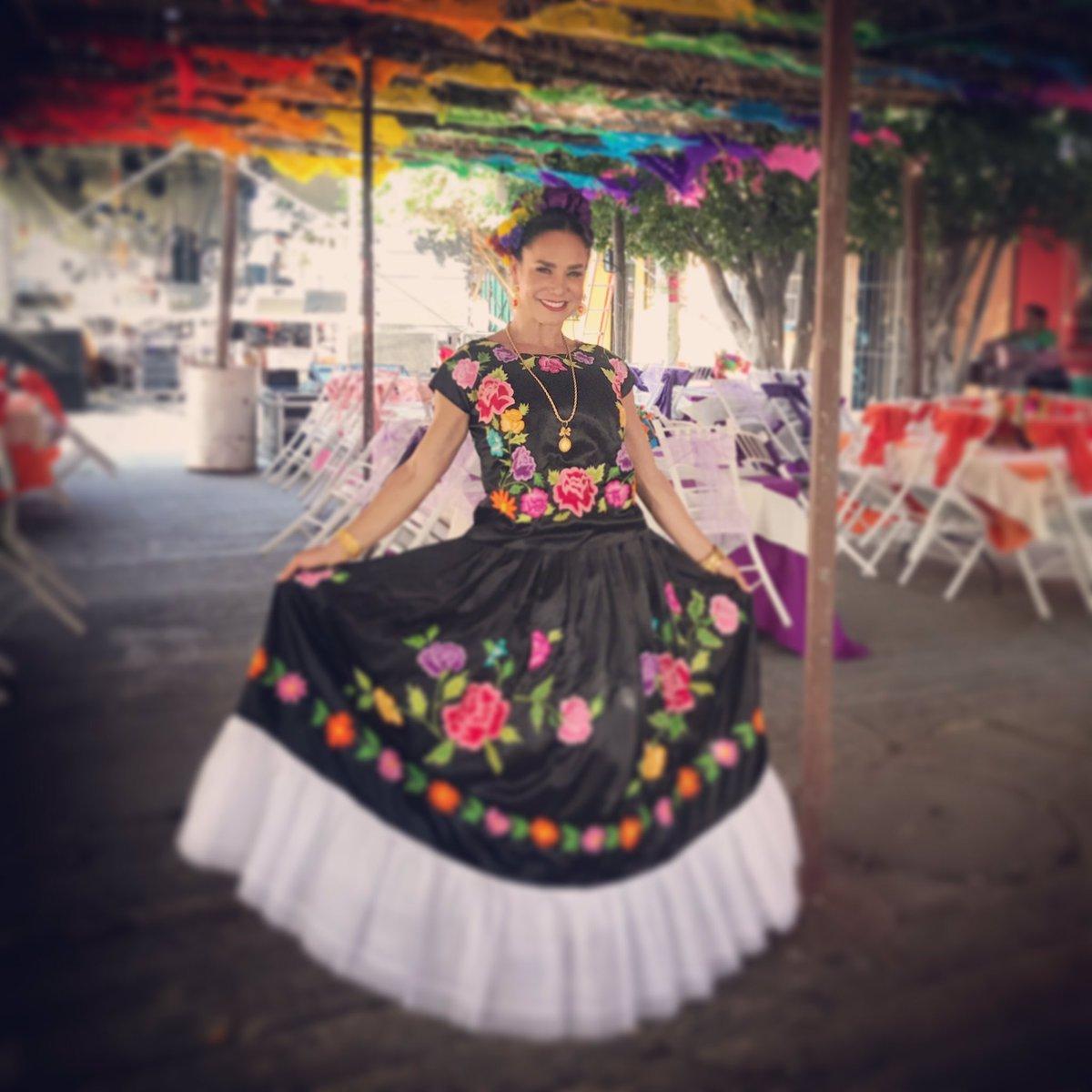 René On Twitter Hermosa Con Tu Vestido De Tehuana Mi