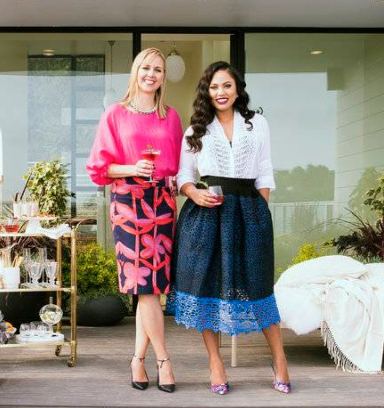 How to Throw an Unforgettable Holiday Party: Food-world stars @ayeshacurry and @amandahaascooks share their true-life-tested recipes and tips for throwing a memorable (and stress-free!) holiday party. https://t.co/5CAqYRPKYK