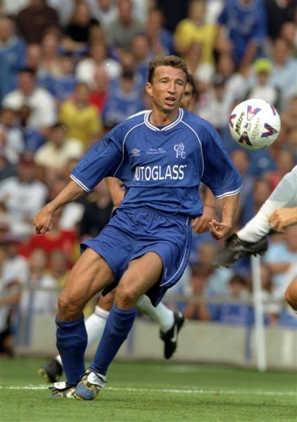 Happy birthday to Dan Petrescu who turns 50 today.