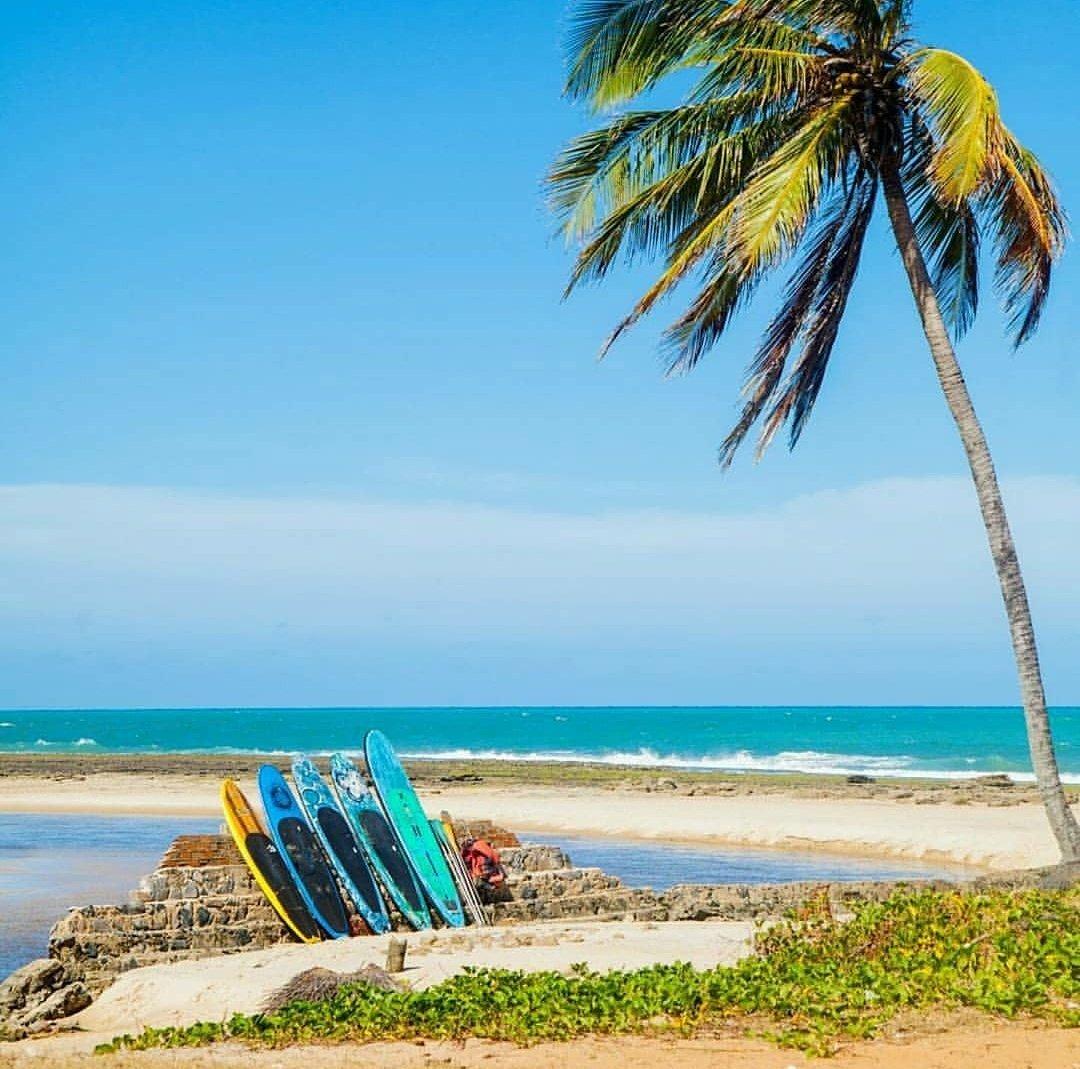 O fim de semana chegou \o/ Que tal levar a sua galera para curtir a Barra do Cunhaú? Venha aproveitar nossas belezas : @lfelipemedeiros #barradocunhau #praia #praiasdoRN #beach #sol #mar #litoralbrasileiro #Love #vibes #kite #kitesurf #Nordeste #RN #Canguaretama #Brasilpic.twitter.com/LF8IUC4yt2
