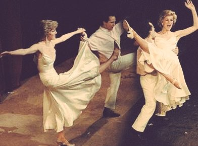 dawn2 0 on twitter december 23 1985 princess diana performing a dance with wayne sleep to billie joel s song uptown girl at the friends of covent garden christmas party at the royal opera dawn2 0 on twitter december 23 1985