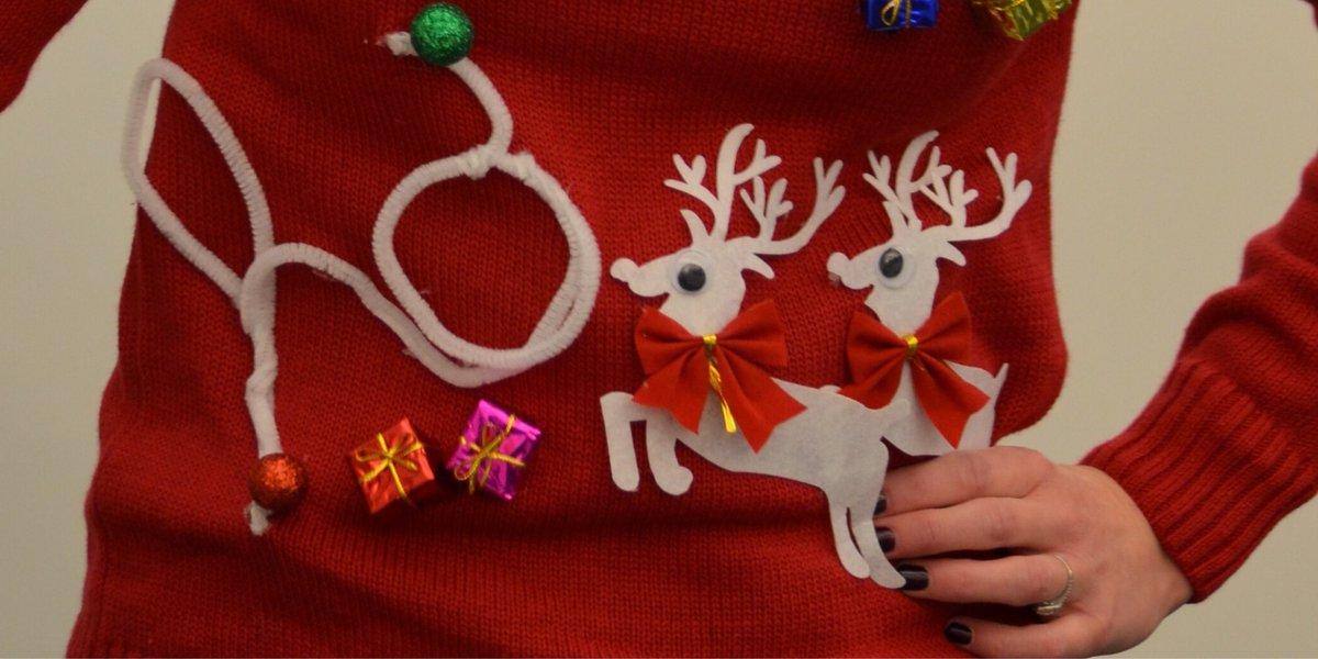 Tu sais que tu vas passer de bonnes fêtes de fin d'année quand tu peux encore frimer avec ton pull de Noël, le sourire aux lèvres. 😁  #Invisalign #aligners #sourire #smile #christmas #instagood #happy #winter #christmasjumper #holidayseason https://t.co/Eiwk81c9WG