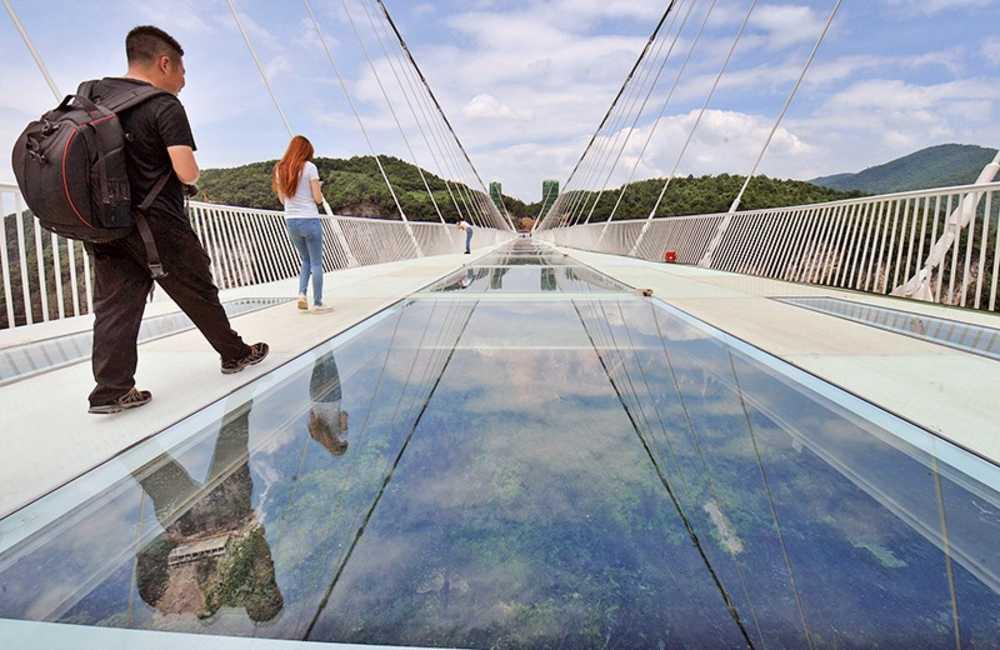 информацию мост со стеклянным полом в китае фото этом состоит