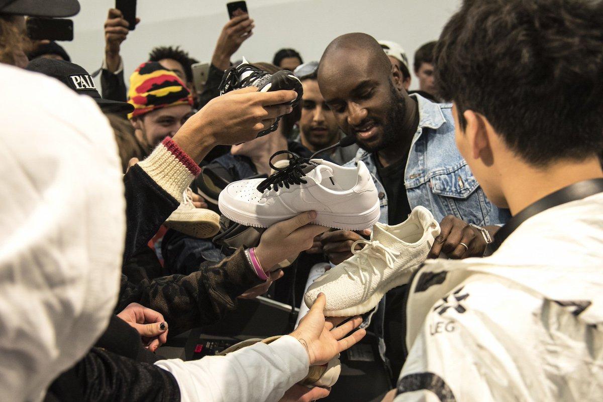 "Resultado de imagem para Virgil Abloh & Nike's ""QUEEN"""