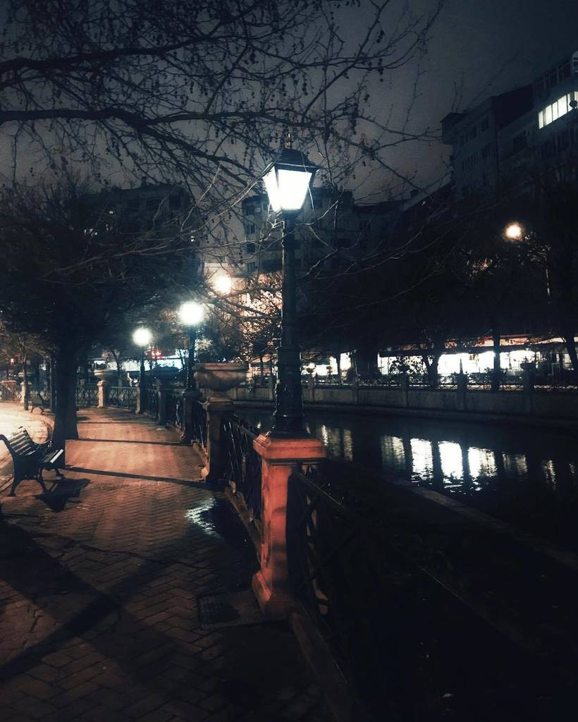 Kerem obanli on twitter night city water light night city water light street streetstyle streetart outdoors lights people evening building nightout watercolor reflection buildings aloadofball Image collections