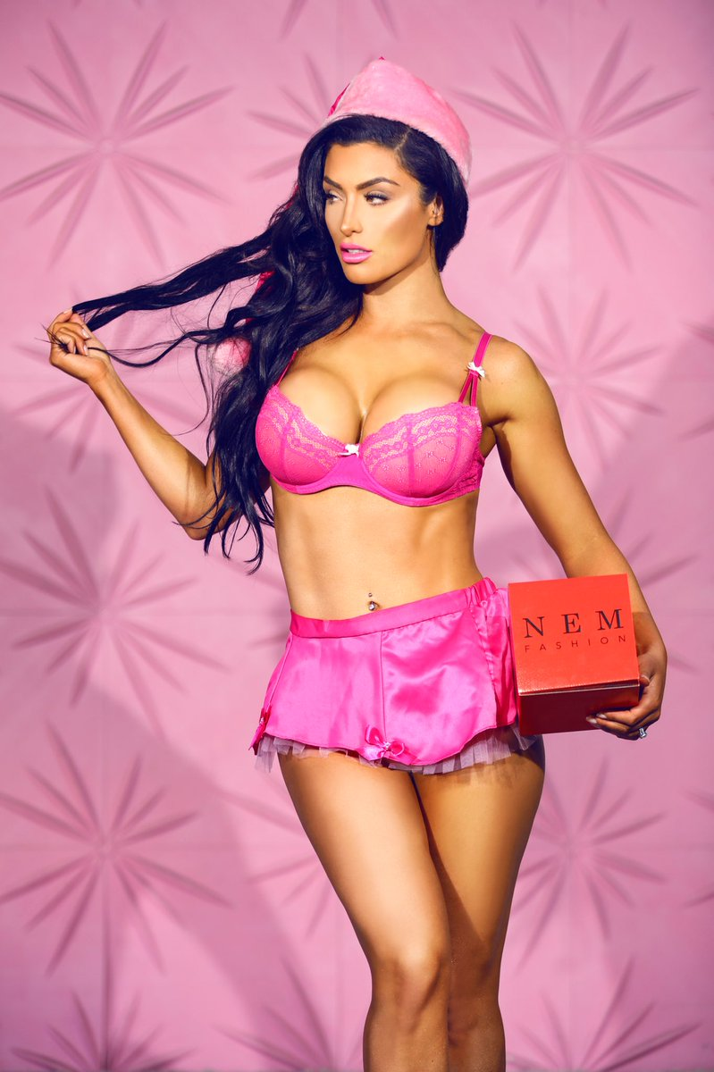 Eva Marie On Twitter Quot Tis The Season П��🎄🎁 Is Everyone