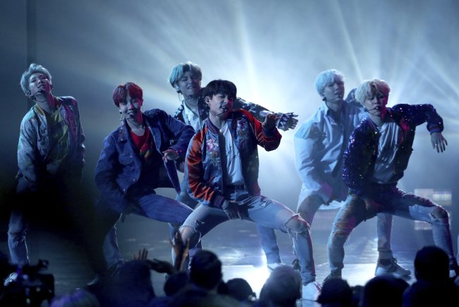 "K-pop sensation BTS has come in at No. 13 with ""Mic Drop/DNA/Crystal Snow"" on Japan's annual Oricon single ranking. It marked the highest ranking by a South Korean band, according to Oricon, Japan's top music statistics-tracking company. https://t.co/YlXTuLjtCH"