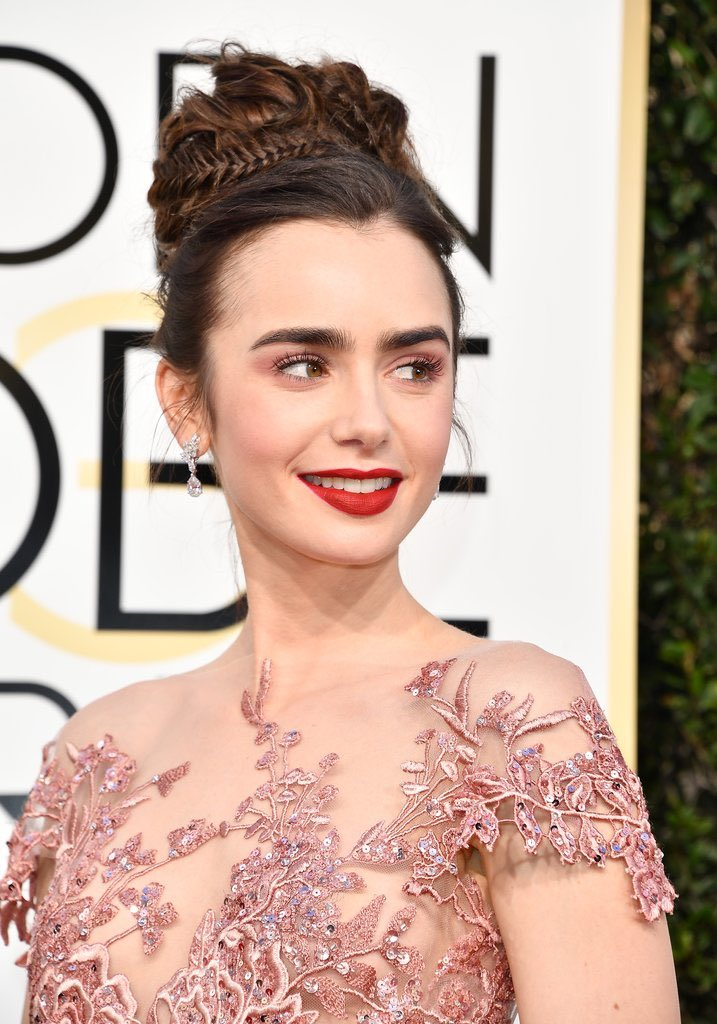 Lily Collins Lilycollins Twitter