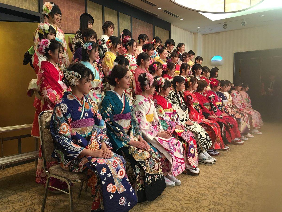 AKB48グループ成人式記者会見スタート 朝4時から取材で眠いです...