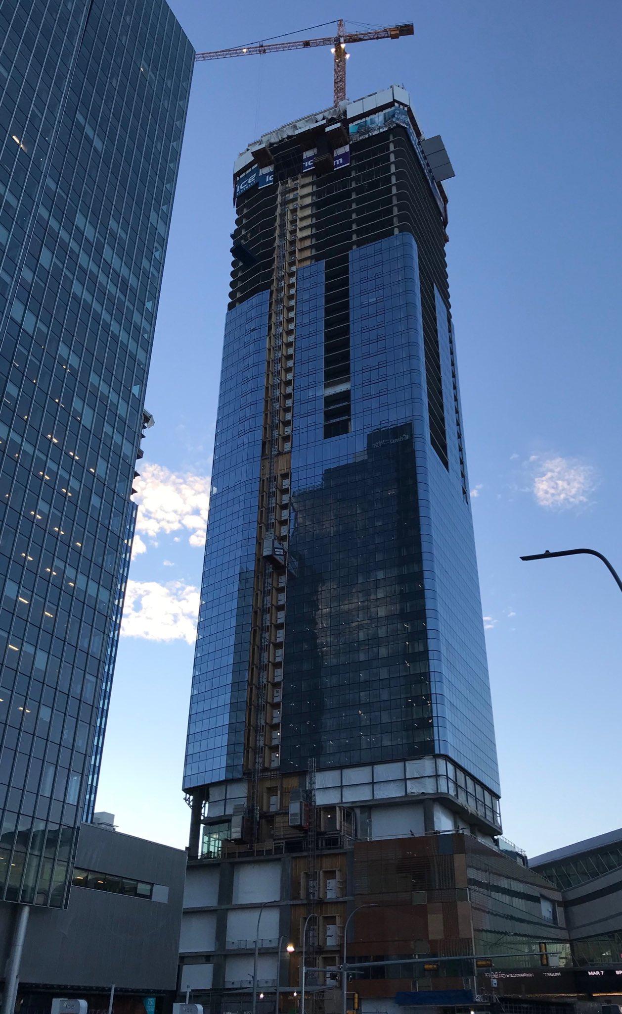 Edmonton: JW Marriott Hotel & Residences