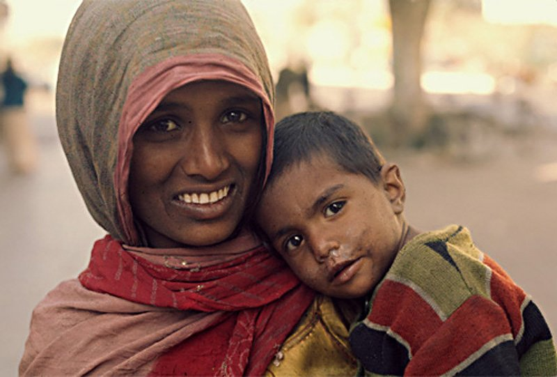 essay on begging in india In india, one side we say that there is no difference in girls and boys, whatever boys can do girls can also do on the other side a huge population of our country still believes that women should be and behave in their limits, which is pre-decided by the society.